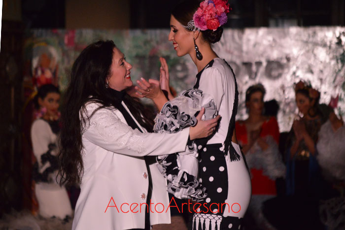 Victoria García tras el carrusel de su desfile en Viva by We Love Flamenco 2019