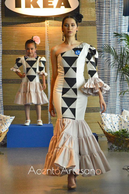 Traje de flamenca de Lorena Santana en Certamen Moda Flamenca IKIEA Sevilla
