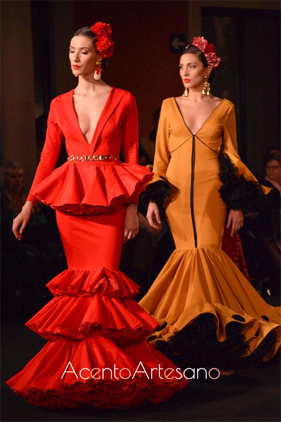 Trajes de flamenca rojo y mostaza de Javier Sánchez
