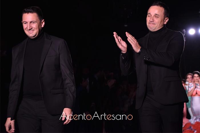 Pablo Retamero y Juanjo Bernal tras el carrusel del desfile de su colección Meraki