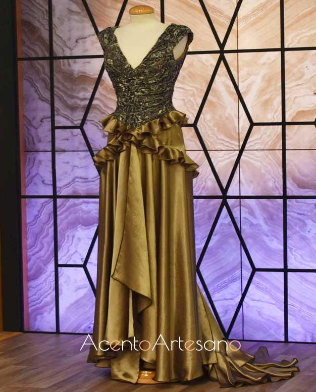 Vestido de gala de Ángeles Verano inspiración en la prueba por equipos de Aguja Flamenca
