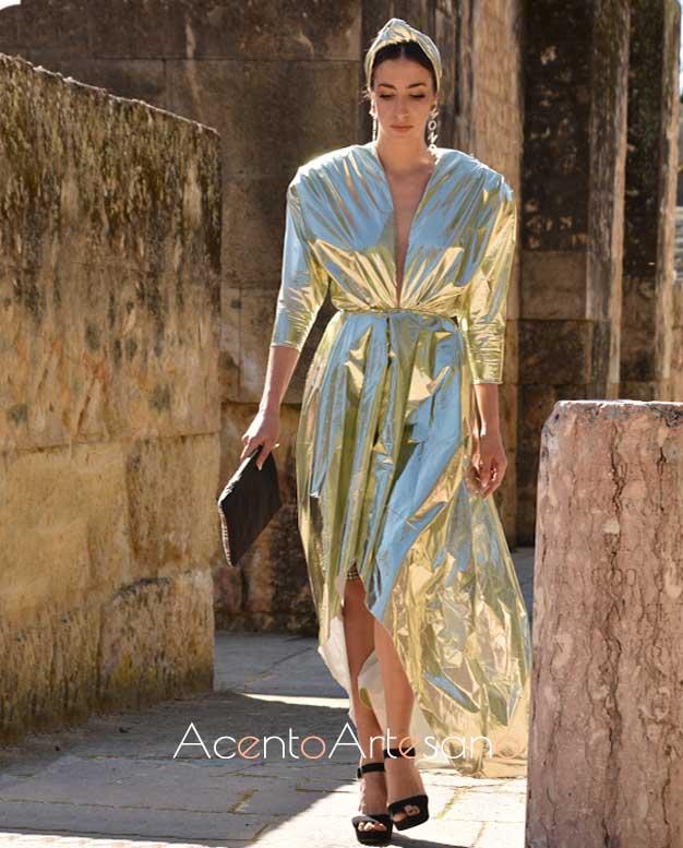 Vestido en lamé de Mona