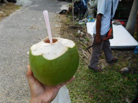 ココナッツジュースが完成した