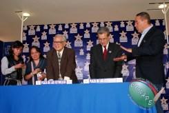 RAFAEL LORET DE MOLA PLASMÓ SUS HUELLAS EN GALERIA DE LAS ESTRELLAS (101)