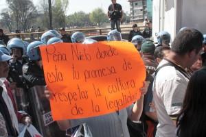 CON-GRANADEROS-RECIBE-CFE-A-COMUNEROS-DE-MILPA-ALTA-QUE-DENUNCIAN-CORRUPCION-DE-FUNCIONARIOS-2