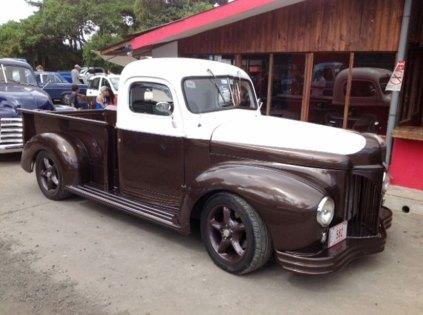 En-Costa-Rica-desfilaron-vehiculos-con-mensajes-de-paz-3