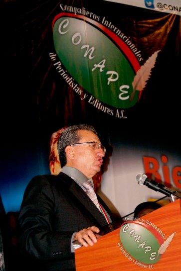 Rafael Loret de Mola en la Inauguración de la Cumbre