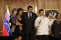 Víctor Hugo Majano, Premio Nacional de Periodismo Digital, por promover el periodismo de investigación a través del blog La Tabla