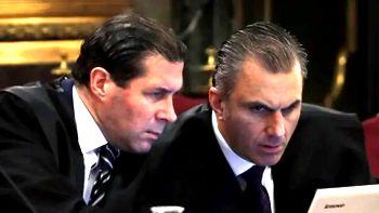 Pedro Fernandez und Javier Ortaga-Smith als VOX-Volksanwälte