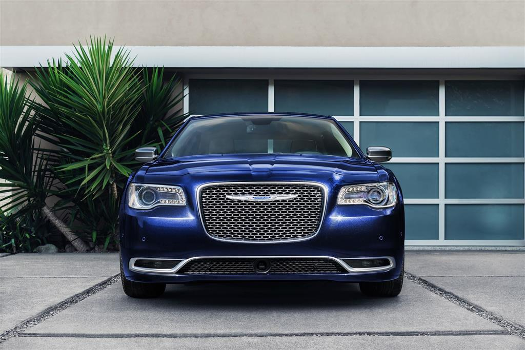 Cars by Chrysler  Chrysler Images  Wallpaper  Pricing  and Information Chrysler 300