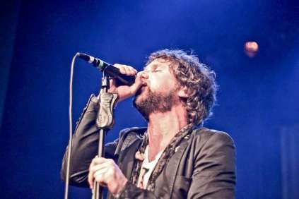 andrew-w-k-the-trews-ti1-102-900