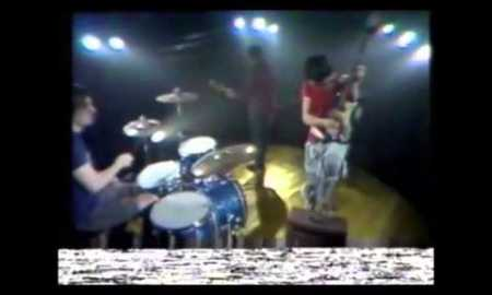 The Cribs – 'Glitters Like Gold' (pop-up video)