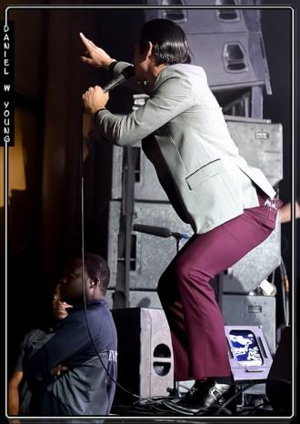 Arctic Monkeys 77