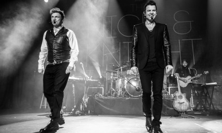 Nick Carter + Jordan Knight @ Vogue Theatre © Scott Hemenway