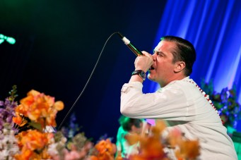 Mike Patton of Faith No More at The Paramount © Michael Ford