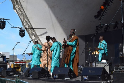 Bassekou Kouyaté and Ngoni Ba @ Vancouver Folk Festival © Hannah Siden