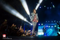 Thomas Rhett live at Sunfest 2015 in Duncan, BC © RMS Media
