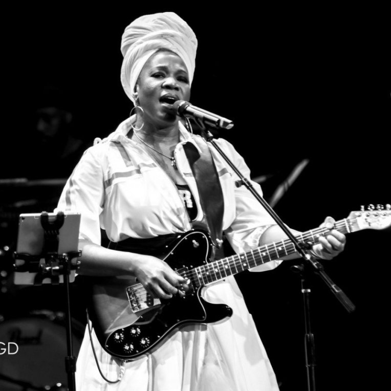India Arie performing at Chandler Center for the Arts in Chandler, AZ on September 28th 2019