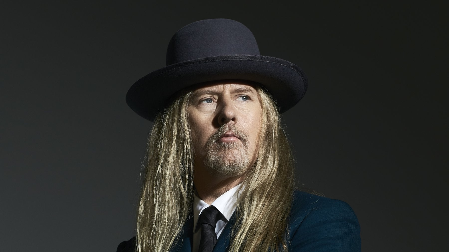 JERRY CANTRELL OF ALICE IN CHAINS 2021 promotional image