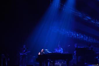 04 norah jones blue - Norah Jones, la voix rêveuse