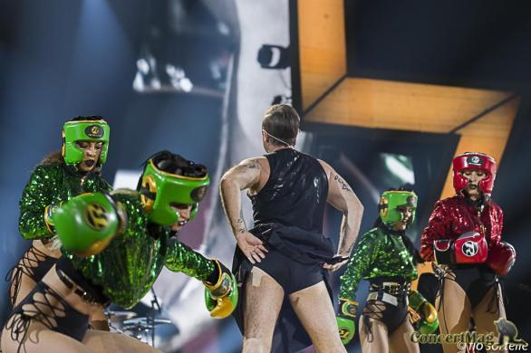 Robbie 13 - Robbie Williams fait le show à l'Accor Hôtels Arena