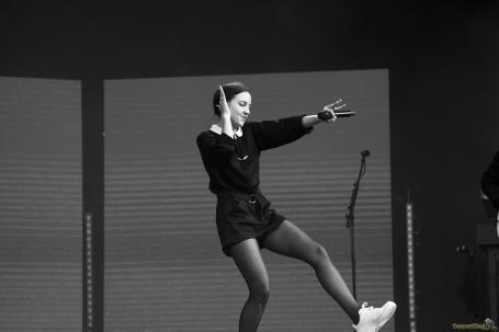 05 jain danse - Rock en Seine, l'excentrique