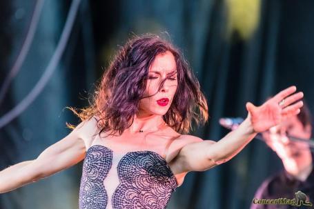 3 4 - Olivia Ruiz, le charme hispanique aux heures vagabondes.