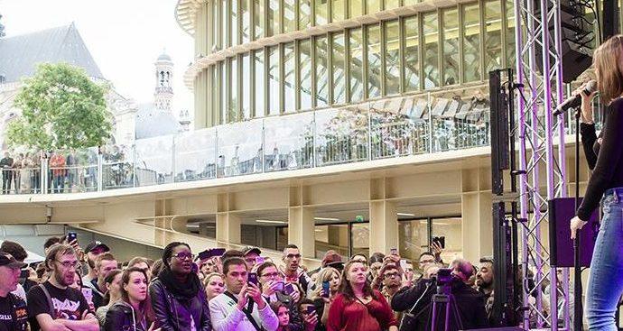 IMG 8451 e1506976671354 - Marina Kaye offre un Showcase aux Forum des Halles