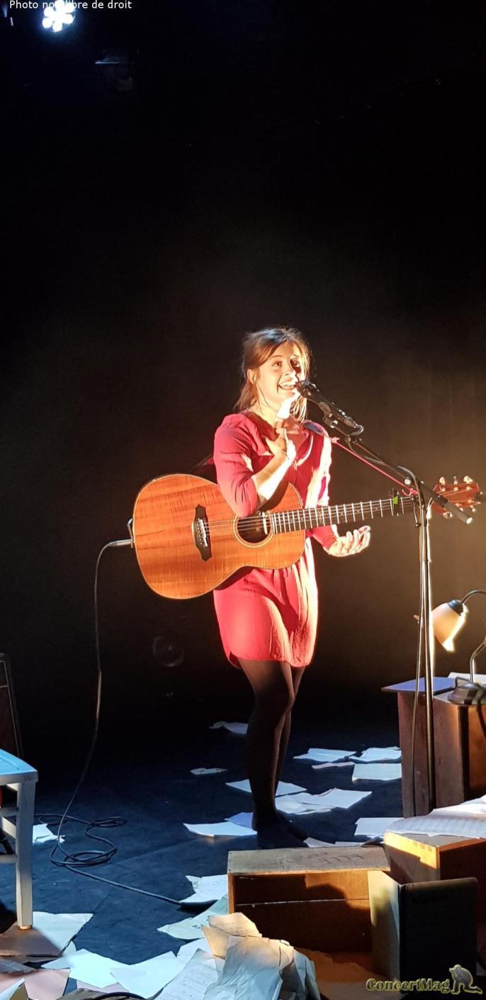 leila6 - Leïla Huissoud: L'ombre d'une grande