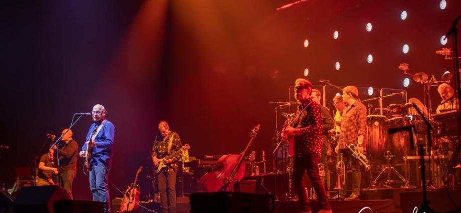 Christian Baillet Paris 2019 Mark Knopfler AccorHotels Arena 11 - Mark Knopfler en concert à Bercy, The Sultan Of Swing, l'un des derniers «guitare héros» !
