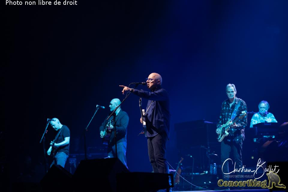 Christian Baillet Paris 2019 Mark Knopfler AccorHotels Arena 24 - Mark Knopfler en concert à Bercy, The Sultan Of Swing, l'un des derniers « guitare héros » !