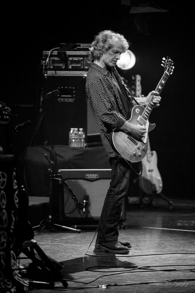 """01921 7 - """" Paul Personne """", la gratte, le son, les textes et les riffs endiablés - Espace Malraux - Joué Les Tours - 05.11.2019"""
