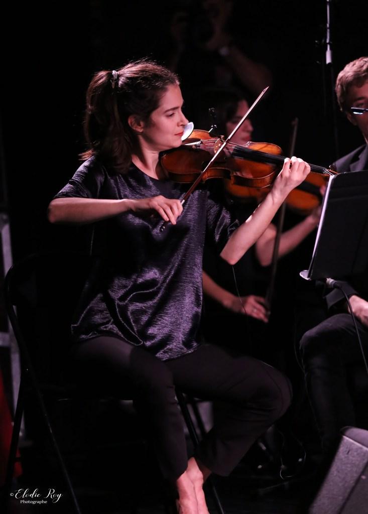 FionaMonbet ElodieRoy LaCigale 30102019 3 733x1024 - Laura Monbet - Orchestre de Chambre et Quintet de Jazz - La Cigale - 30/10/2019