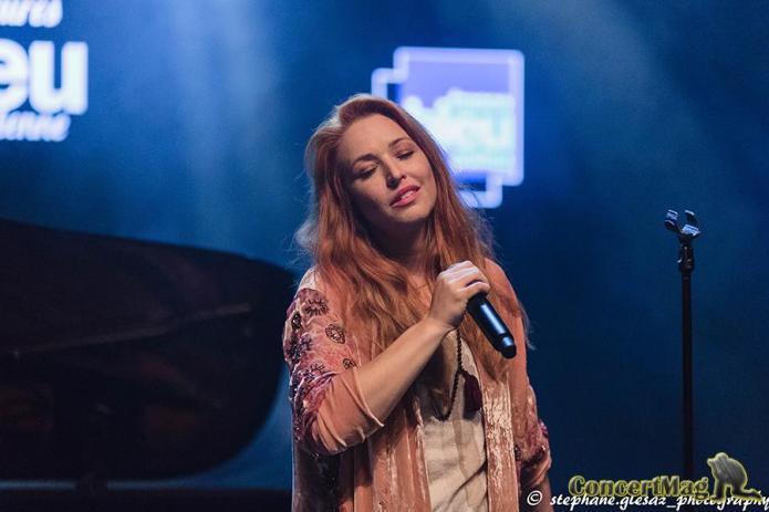 banniere - Natasha St Pier, intime et talentueuse à Chasseneuil