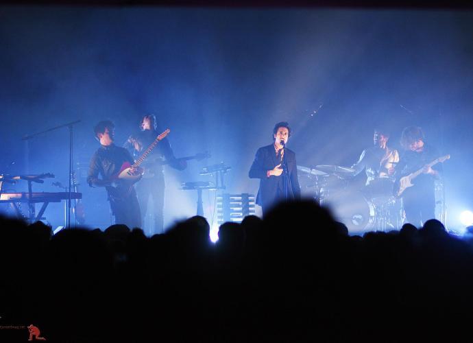 EVA 92961 - Feu! Chatterton en concert au Trianon de Paris