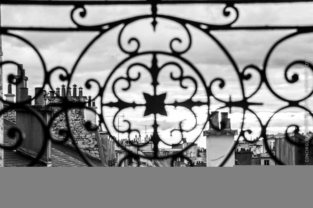 Balcony frame on the Montmartre rooftop, near the moulins