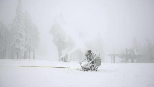 Snowmaking vital for good skiing experience_-3742504760052986378