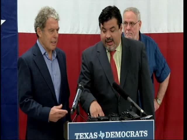 06-15-16 Democrats meet in San Antonio_20160615124602