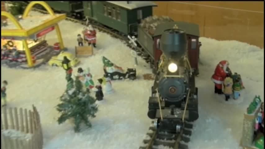 122316 Holidays at Bookter Railways- CV Live_60374781