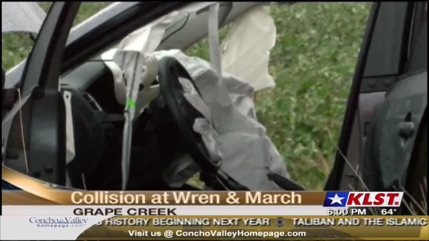 Two Car Collision In Grape Creek_07537420
