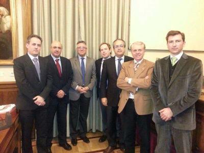 foto reunión del senado