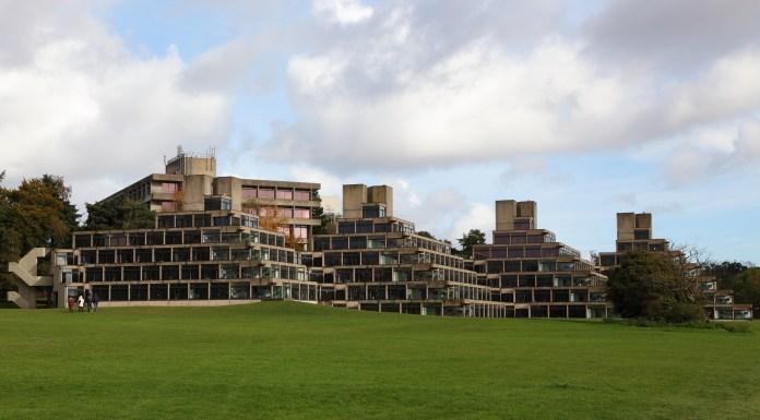 Ziggurats news, flickr.com, Glenn Wood
