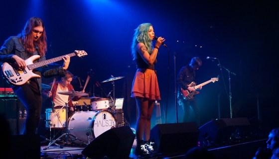Album Review: Halsey – Badlands