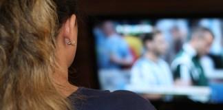 Woman watching TV. Photo: Pixabay.