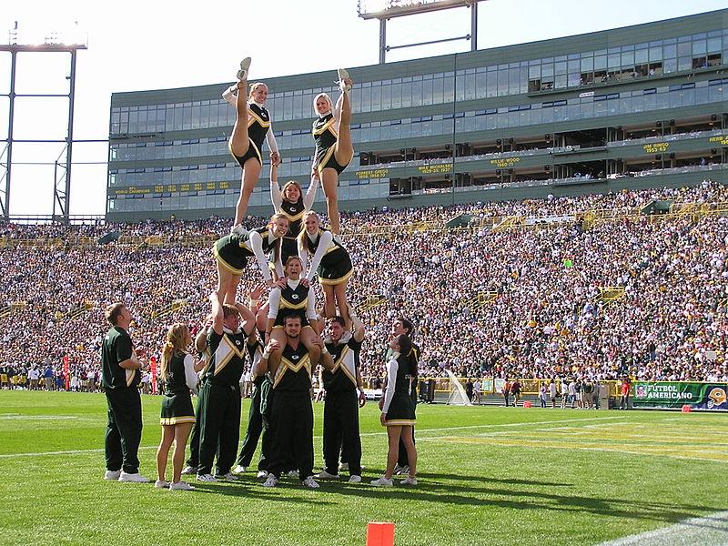 Cheerleading Stunt. Photo: Mandehlin, Wikimedia