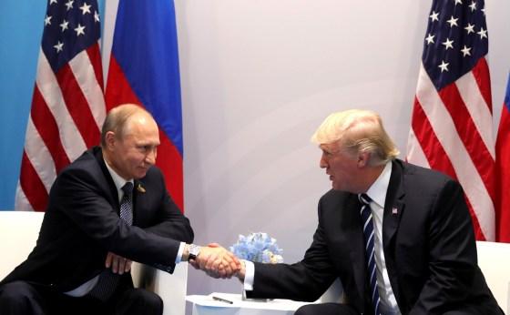 US: Trump under renewed pressure