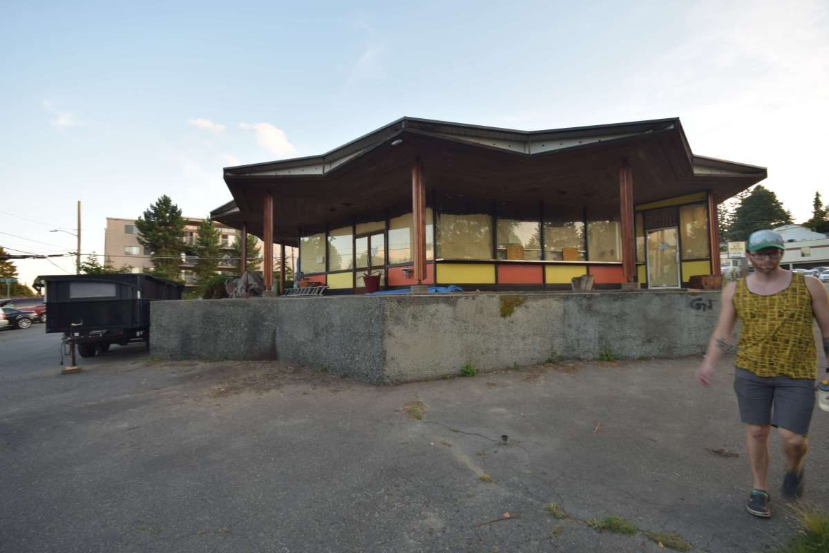 Googie Architecture and a Piece of Infamous Seattle Real Estate