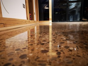 polished concrete high gloss