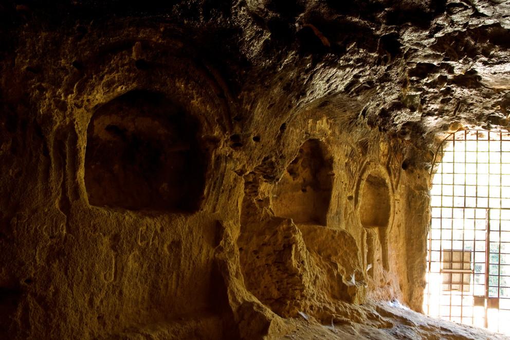 Cueva de los Siete Altares en Villaseca