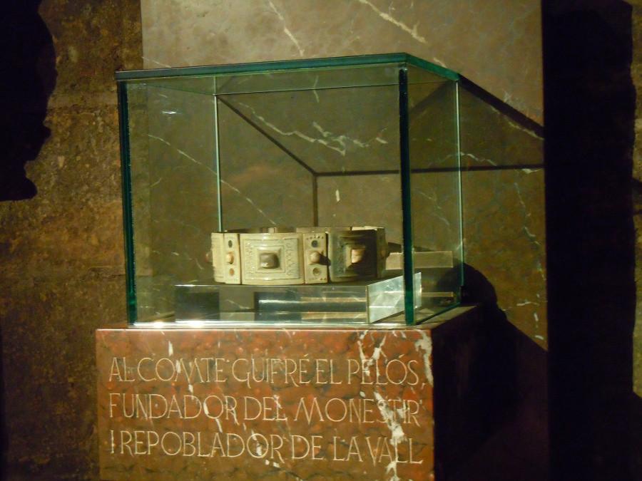 Réplica corona de Wifredo el Velloso en el monasterio de San Juan de las Abadesas